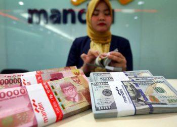 Ilustrasi Dollar As dan Rupiah