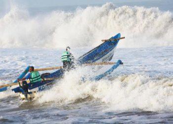 Ilustrasi gelombang laut. (Legaleraindonesia.com)