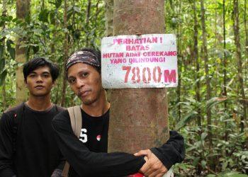 Pemuda adat To Cerekeng membentuk Lembaga yang disebut Wija To Cerekeng (WTC) yang salah satu fungsinya melakukan patrol menjaga hutan. (Perkumpulan Wallacea/Mongabay Indonesia)