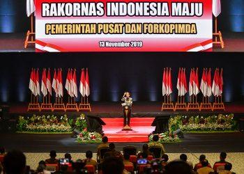 Presiden Jokowi memberikan sambutan pada Pembukaan Rakornas Pemerintah Pusat dan Forkopimda 2019. (Agung/Setkab.go.id)