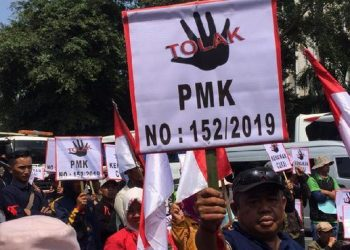 Demo petani tembakau. (Cakrawalanews.co)