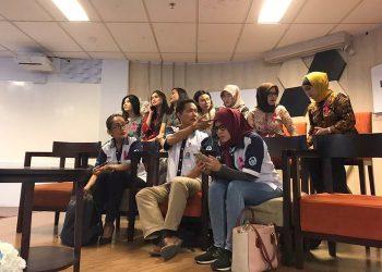 Awak Kabin Garuda Indonesia. (KOMPAS.com/AKHDI MARTIN PRATAMA)