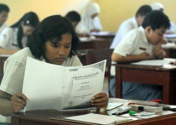 Ilustrasi Ujian Nasional (NU). (Suarapemredkalbar.com)