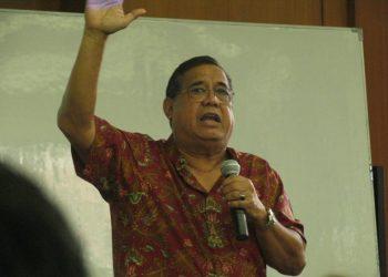 Mantan Direktur Utama Robby Djohan. (SYUEF.BLOGSPOT.CO.ID)