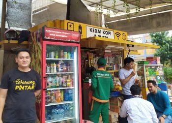 Warung Pintar Kedai 3 Putri milik Junaedi Salad. (Katadata.co.id Setyowati)