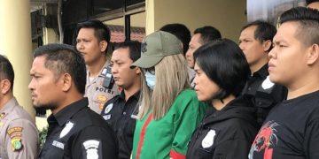Lucinta Luna Ditahan Polisi. Sumber fotoHanif Hawari/ detik.com