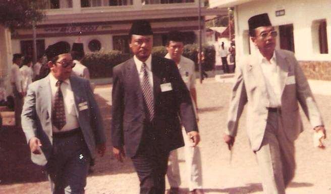 Pantia Inti muktamar NU ke 27, Gus Dur dipercaya menjadi ketua PBNU (Ahmad Husain Fahasbu)